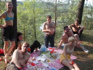 Саранчуков в лесу