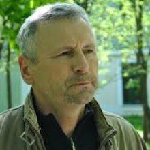 Прозападный историк Алесь Кравцевич так далеко зашел в своих рассуждениях о псевдодержаве, что не заметил, как дважды оскорбил белорусов.