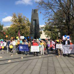 В Вильнюсе прошел митинг профсоюзов за увеличение зарплат «Мы не рабы»