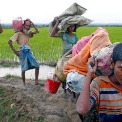 Беглецы поставили протестную Мьянму в пример белорусам